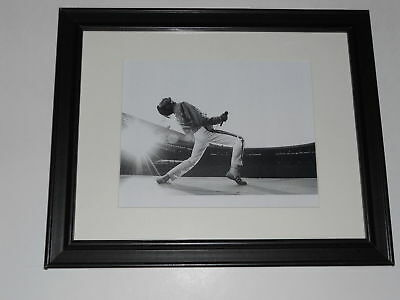 "Large Framed Queen Freddie Mercury 1986 on Stage Wembley Poster 24"" x 20"""