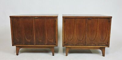 Broyhill Brasilia Mid Century Modern Walnut Pair of Nightstands or End Tables