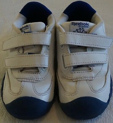 a32d07efcea4 REEBOK Classic VERSAFLEX PEEK N FIT Toddler White Blue Sneaker Shoes 9 Wide