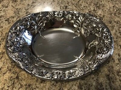 Lipman Bros Silver Plated Oval Raised Floral Fruit Bowl