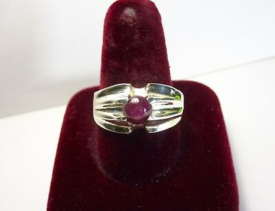 Vintage 925 St. Silver Ring With  2.05 Ct. 6 Mm Star Ruby
