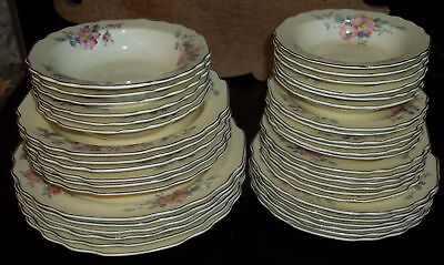 Canarytone Dinnerware W.S George Antique Dogwood Blossoms 42 pcs