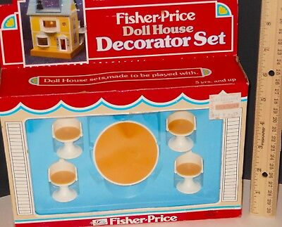 NIB VTG Fisher Price Doll House Furniture # 251 Dinette Kitchen Table 4 Chairs