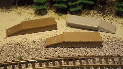 N-Scale 12 Unfinished 6yd Garbage Dumpsters 1:160 Model Train Detail Accessories