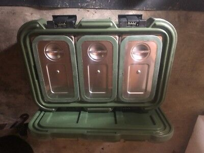 Cambro UPCS180 Food Carrier with stainless inserts and seals great condition