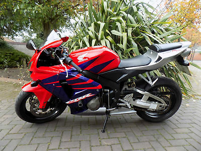 Honda CBR600RR 2005 Supersport 29k serviced, MOT,HPI clear! p/ex ok £299 deposit