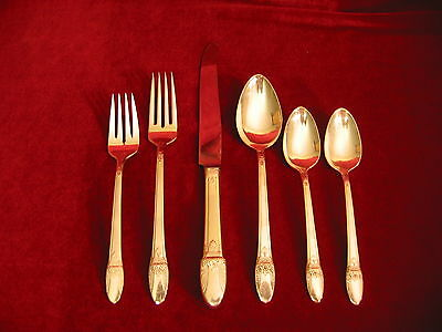 FIRST LOVE Silverplate Dinner Set & Chest Rogers Flatware French Blade 103pc Lot