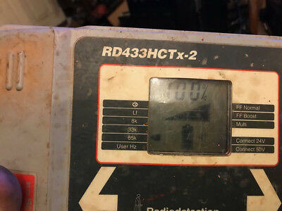 Radiodetection RD433HCTx-2 utility locate transmitter used with leads