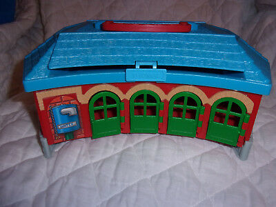 """Thomas The Train & Friends Take Along Play Roundhouse Station 11"""" Carry Case Toy"""