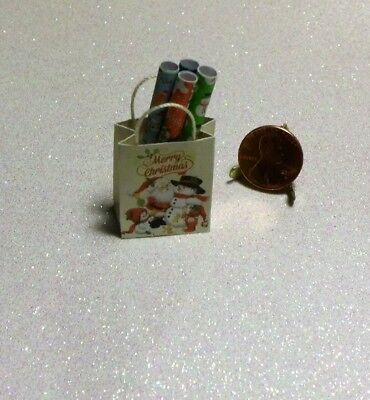 Dollhouse Miniature Gift Bag and wrapping paper ❤ Merry Christmas ❤1:12 Scale