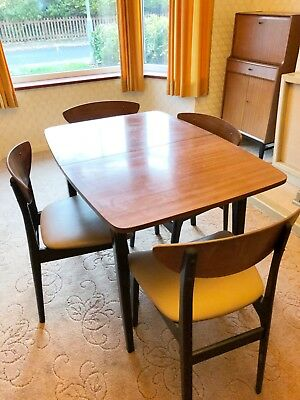 Vintage 1950 S Retro Dining Table And Chairs 82 00