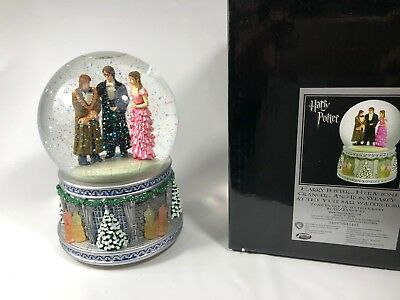 Harry Potter Hermione Ron at the Yule Ball San Francisco Music Box Water Globe