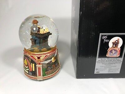 Harry Potter Ron Playing Chess San Francisco Music Box Co Musical Water Globe
