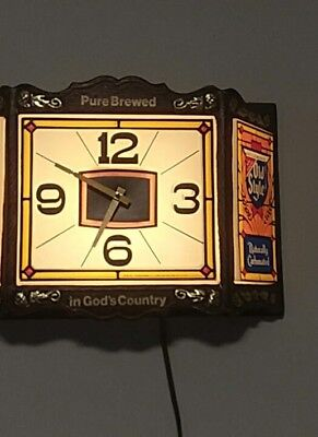 Vintage Heileman's Old Style Beer Lighted Bar Clock Sign PURE BREWED 1983 WORKS