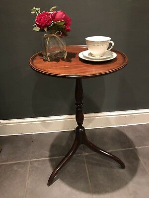 Antique Regency Circular Topped Occasional table