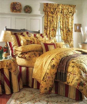 Waverly Chianti Antique Gold 3-Piece Queen Comforter and Ruffled Shams