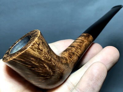 Road Town Zulu Style Briar wood craft pipe--- unsmoked