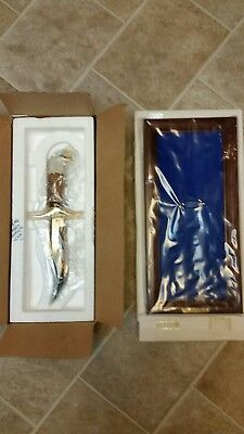 Franklin Mint American Bald Eagle Collector Knife With Display Case. Brand New