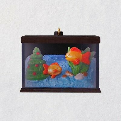2018 Hallmark TINY FISH TINY TANK Miniature Keepsake Ornament Mini LIGHTS UP!