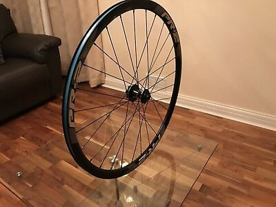 GIANT PR-2 700C disc wheel
