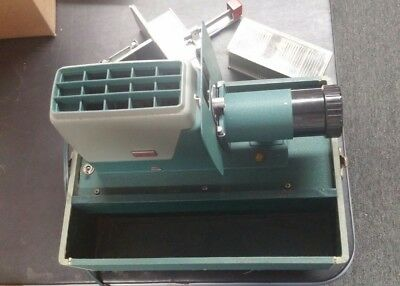 Vintage Argus 300 Slide Projector With Automatic Slide Changer And case