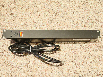 """Wiremold J08B0B Rackmount Power Tap, 125V, 15A, 20""""L, 8 Outlets"""