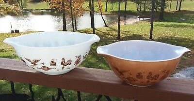 Vintage Pyrex Lot 2 Brown White Americana Rooster Cinderella Mixing Nesting Bowl