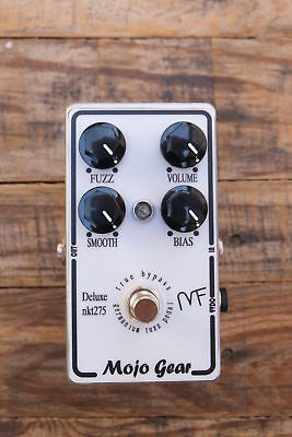 Mojo Gear Mojo Fuzz Deluxe NKT275 (based on Fuzz Face with more options)