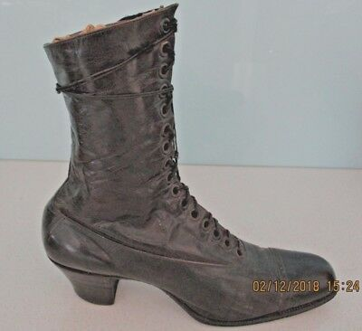 Victorian Ladies Leather 'lace-Up' Boot - Circa Late 1800's