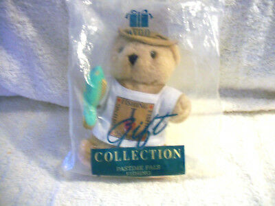 Avon Collectable Gift Collection Pastime Pals Fishing Bear holding Fish MIP 1993