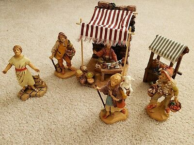 "Fontanini Spice Shop Village Marketplace with 8 pieces for 5"" Figurine LOT of 8"