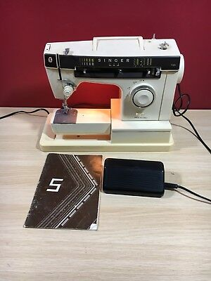 Singer 7105 Sewing Machine with Manual And Pedal Please Read
