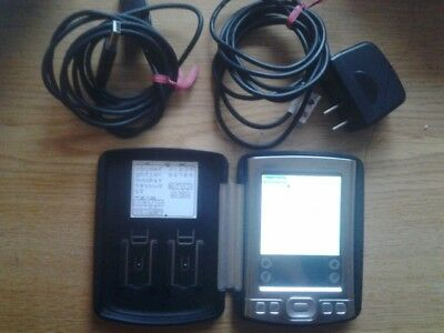 2005 PalmOne Tungsten E2 PDA bluetooth with case, charger, USB  cable,  64MB SD