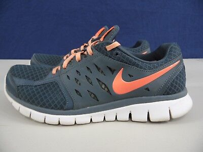 NIKE FLEX 2013 RUN - Mens 10 - Gray   Pink Running Shoes 0363b5708b2f