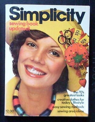 Vintage 1975 SIMPLICITY Sewing Book 256 Pages VG+ Condition
