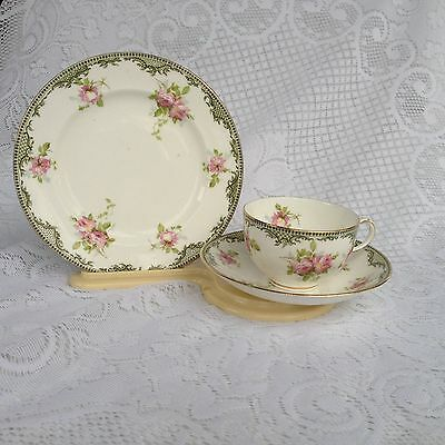 Royal Crown Staffordshire Trio Teacup, Saucer & Plate 1906-1930 (982)