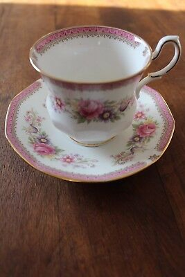 Tasse A The Porcelaine Anglaise Queen's