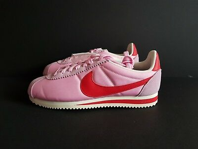 best sneakers 7ed83 f3b70 Womens Nike Classic Cortez Nylon Size Uk 5.5 Us 8 (882258-601)