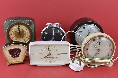 Collection of Vintage Clocks Untested New Haven Genalex Jaz and More