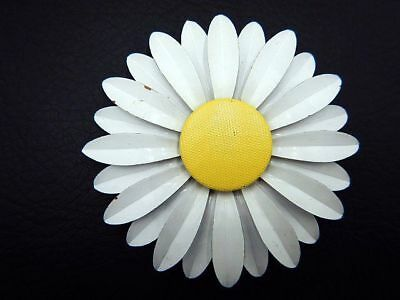 Vintage Brooch Pin Large Enamel Daisy Flower w/ Textured Yellow Center