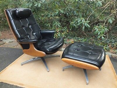 Mid Century Modern Lounge Chair w Ottoman Good and Original by Heywood Wakefield