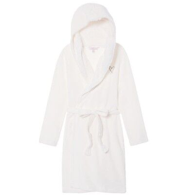 74d130df92 VICTORIA S SECRET BLACK Fluffy Hooded Plush The Cozy Short Bath Robe ...