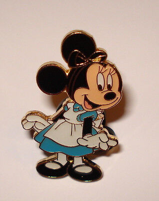 Disney Pin Trading Minnie Mouse as Alice In Wonderland Halloween Costume Older