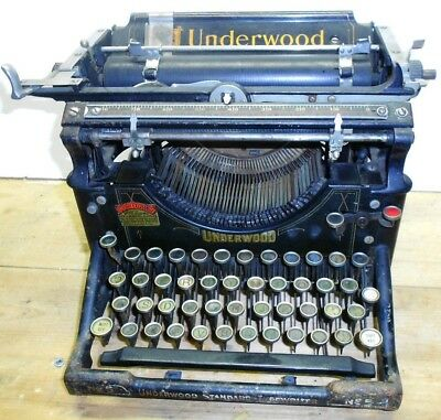 Antique UNDERWOOD STANDARD No. 5 TYPEWRITER