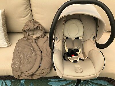 Maxi Cosi Mico Max 30 infant car seat with Base And Footmuff Color Moon Birch