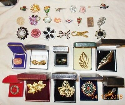 Job Lot of Vintage & Modern Brooches Inc. Swarovski Wear Repair Harvest Scrap
