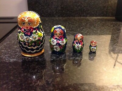 4 piece RUSSIAN Nesting MATRYOSHKA DOLL Painted Navy And Gold Varnished Wood
