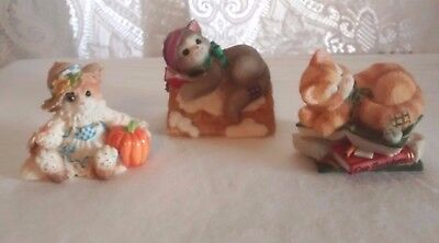 Lot Of 3 Enesco Calico Kittens Figurines Nap Anywhere, Rooftop, Best in Field