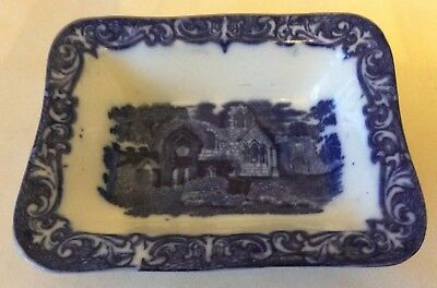 Early 20th Century  George Jones And Sons Abbey 1790 Shredded Wheat Dish