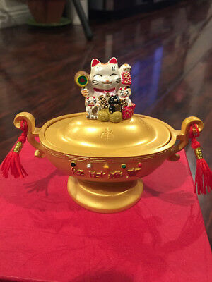 Lucky Cat Yuan Bao with Left Hand Up